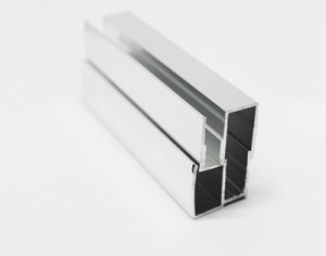Perfil fijo 25 x25 mm 30,00€ metro lineal